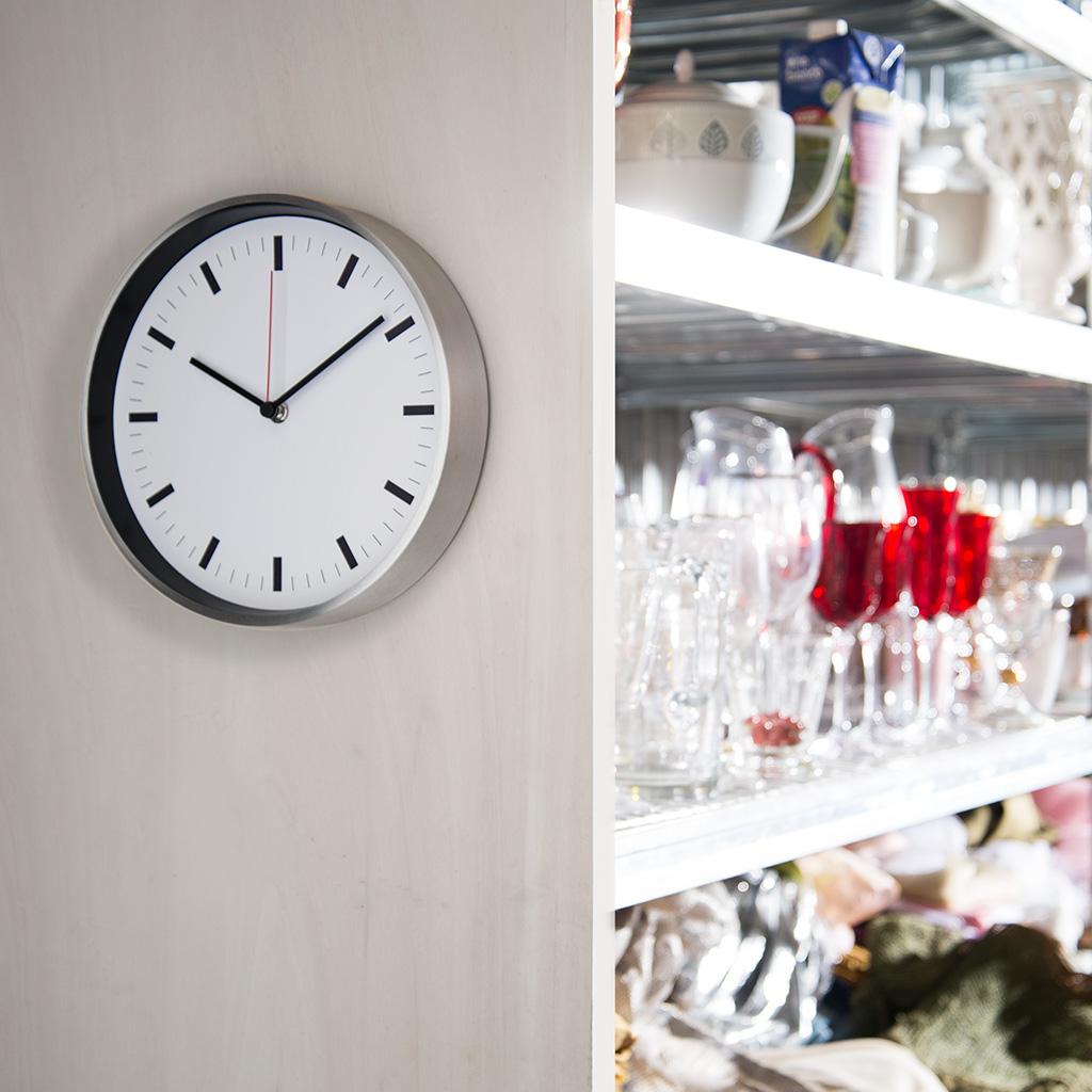 orologi-da-parete-promozionali-per-aziende_PromoContini-ambientate-3